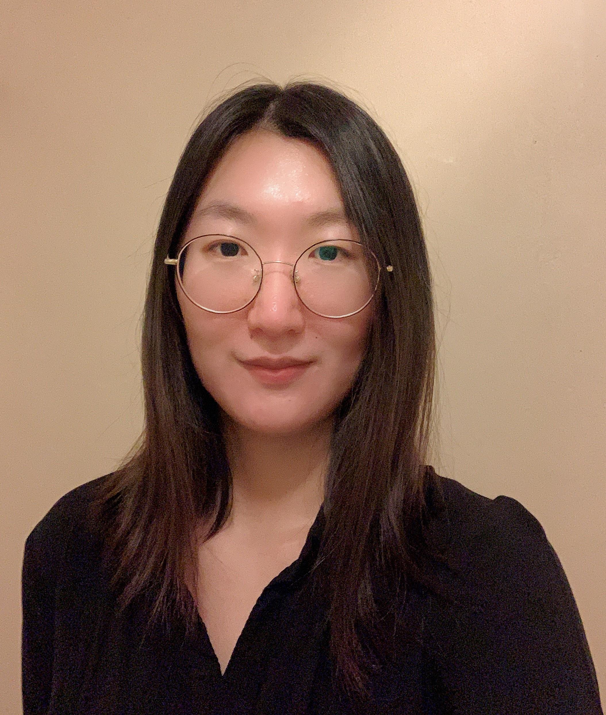 Qijia Zang Headshot
